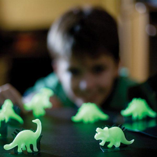 דינוזאורים תלת מימד זוהרים
