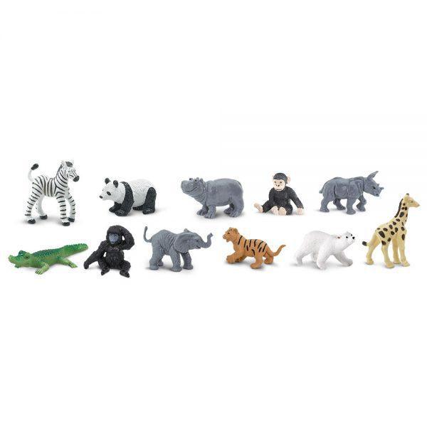 גורים בגן חיות