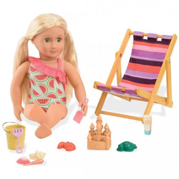 כסא ים וציוד משחק בחול